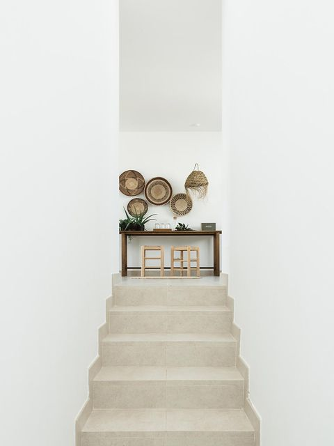White, Room, Architecture, Stairs, Furniture, Beige, Interior design, House,
