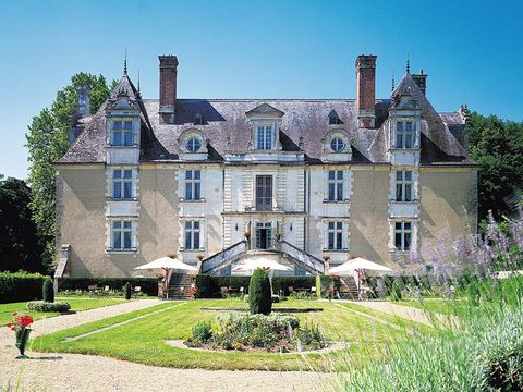 Property, Estate, House, Building, Home, Mansion, Manor house, Château, Architecture, Historic house,