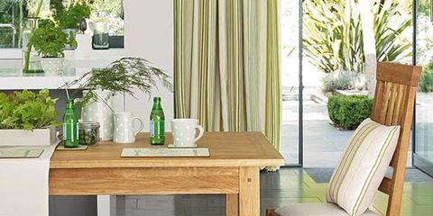 Wood, Room, Furniture, Table, Interior design, Floor, Flooring, Hardwood, Glass, Dishware,