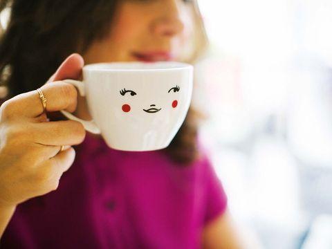 Cup, Cup, Mug, Coffee cup, Drinkware, Smile, Teacup, Tableware, Hand, Games,