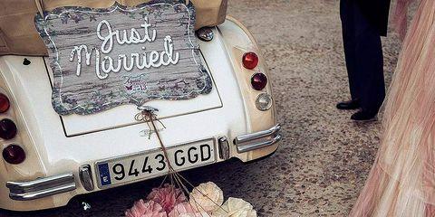 Vehicle registration plate, Classic car, Car, Automotive exterior, Antique car, Toy, Classic, Baked goods, Automotive tail & brake light, Vintage car,