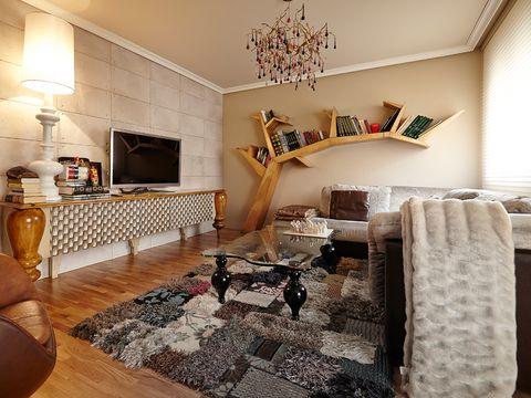 salón con alfombra de pelo patchwork