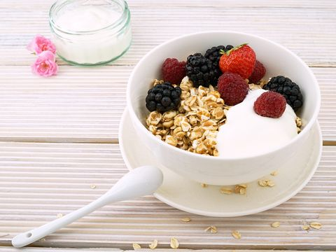 Dish, Food, Cuisine, Breakfast cereal, Meal, Breakfast, Granola, Ingredient, Vegetarian food, Muesli,