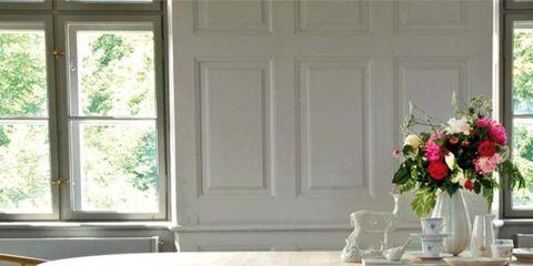 Wood, Floor, Room, Window, Flooring, Furniture, Table, Glass, White, Interior design,