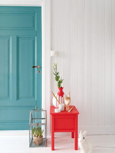 Flowerpot, Door, Home door, Teal, Fixture, Interior design, Flower Arranging, Door handle, Artifact, Floral design,