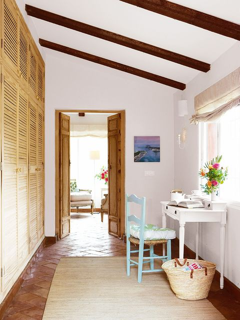 Wood, Interior design, Floor, Room, Flooring, Ceiling, Interior design, Real estate, Fixture, Home,