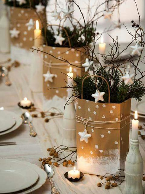 Dishware, Serveware, Interior design, Holiday, Tablecloth, Twig, Decoration, Home accessories, Christmas decoration, Candle,