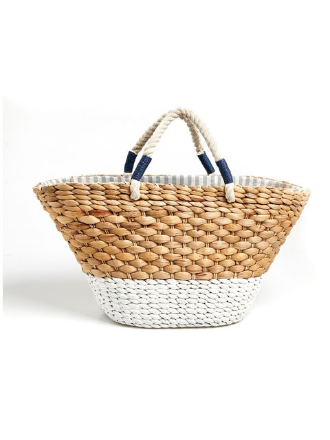 Basket, Storage basket, Wicker, Home accessories, Picnic basket, Beige, Natural material, Building material, Laundry basket,
