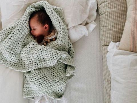 Child, Product, Crochet, Baby, Bedding, Pattern, Outerwear, Textile, Blanket, Linens,