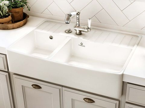 Sink, Bathroom sink, Tap, Plumbing fixture, Bathroom, Property, Countertop, Room, Marble, Kitchen sink,