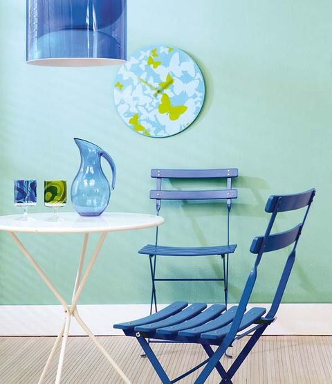 Blue, Serveware, Aqua, Furniture, Dishware, Turquoise, Teal, Porcelain, Chair, Azure,