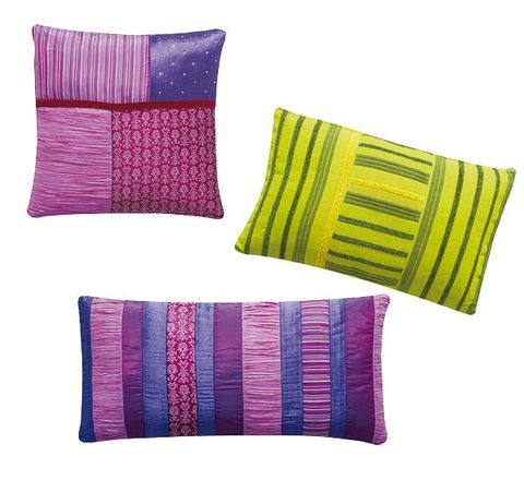 Product, Textile, Purple, Cushion, Magenta, Violet, Rectangle, Throw pillow, Pillow, Thread,