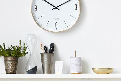Diez ideas geniales para decorar con espejos - Como limpiar paredes blancas ...
