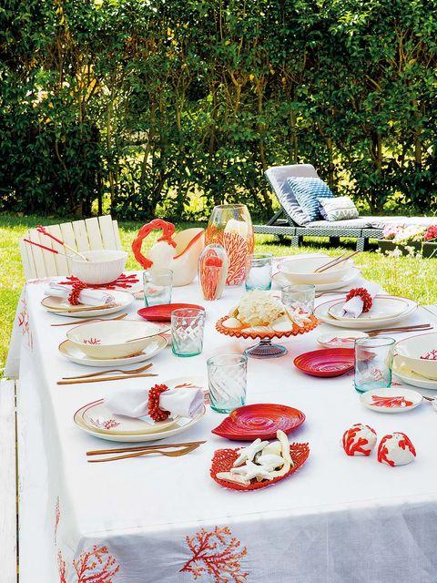 Cuisine, Dishware, Tablecloth, Serveware, Textile, Food, Meal, Dish, Tableware, Linens,