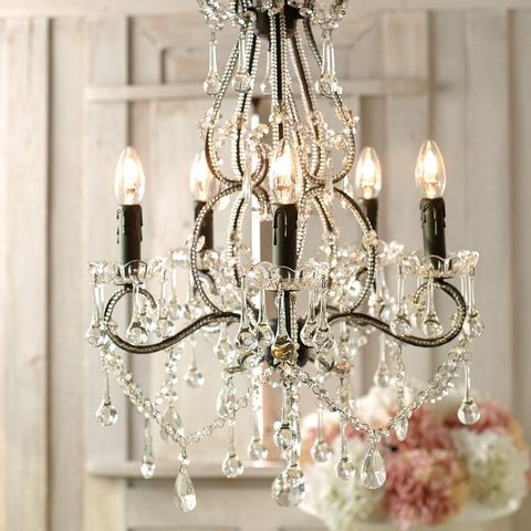 Ceiling fixture, White, Light fixture, Lighting accessory, Interior design, Light, Chandelier, Home accessories, Electricity, Ivory,