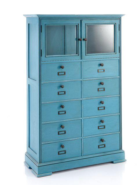 cómoda retro azul con muchos cajones