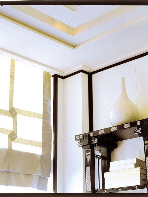 Ceiling, Light, Yellow, Room, Lighting, Interior design, Architecture, Daylighting, Design, Light fixture,