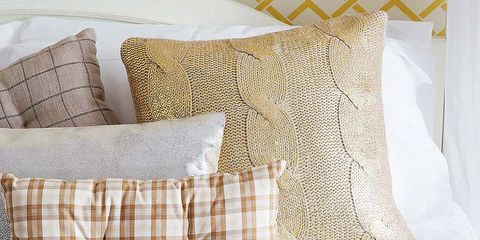 Yellow, Textile, Pattern, Cushion, Linens, Throw pillow, Pillow, Home accessories, Beige, Creative arts,