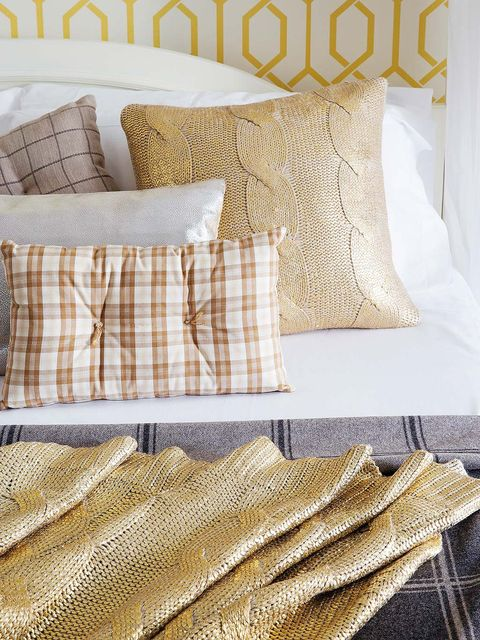 Yellow, Brown, Textile, Cushion, Pillow, Pattern, Linens, Bedding, Throw pillow, Home accessories,