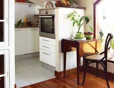 Wood, Floor, Room, Flooring, Interior design, Hardwood, Property, Wood flooring, Wood stain, Home,
