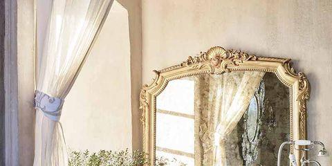 Room, Property, Interior design, Plumbing fixture, Interior design, Tap, Mirror, Bathroom accessory, Window treatment, Plumbing,