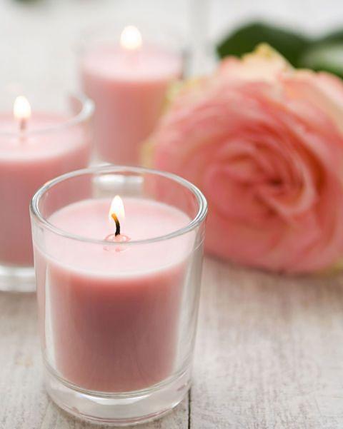 velas aromáticas rosa