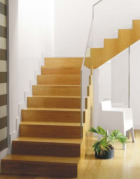 Stairs, Wood, Brown, Yellow, Property, Architecture, Flooring, Wall, Floor, Hardwood,