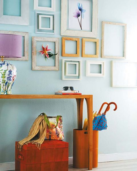 Room, Wall, Picture frame, Interior design, Interior design, Paint, Teal, Creative arts, Still life photography, Art paint,