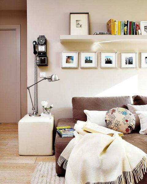 Room, Wall, Textile, Interior design, Bedding, Bedroom, Linens, Bed sheet, Bed, Floor,