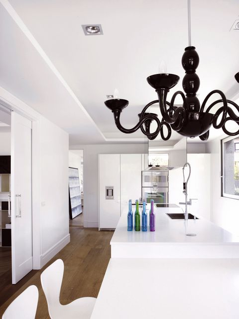 Interior design, Floor, Architecture, Property, Room, Wall, Flooring, Ceiling, Light fixture, Interior design,