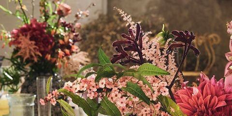 Serveware, Dishware, Drinkware, Glass, Flower, Bouquet, Centrepiece, Table, Stemware, Petal,