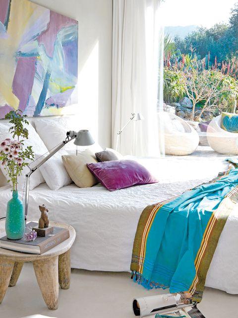 Blue, Room, Interior design, Textile, Purple, Lavender, Home, Floor, Flowerpot, Linens,