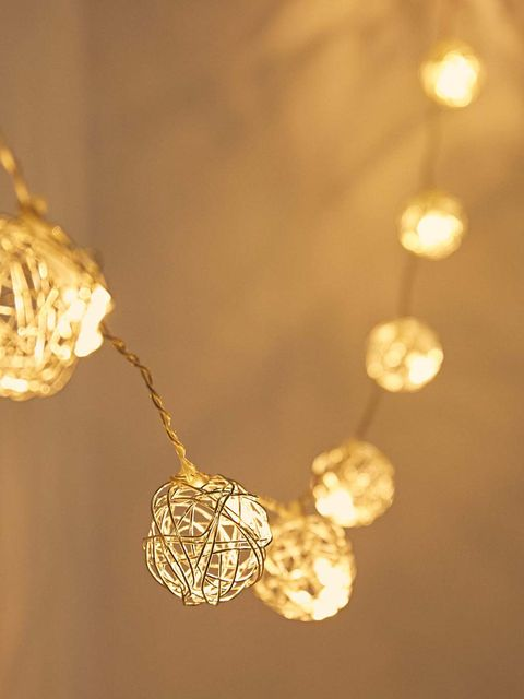 Lighting, Light, Light fixture, Yellow, Ceiling, Branch, Fashion accessory, Jewellery, Chain, Chandelier,