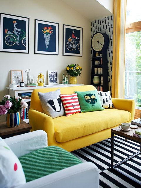 Living room, Furniture, Room, Couch, Interior design, Green, Yellow, Home, Property, Wall,