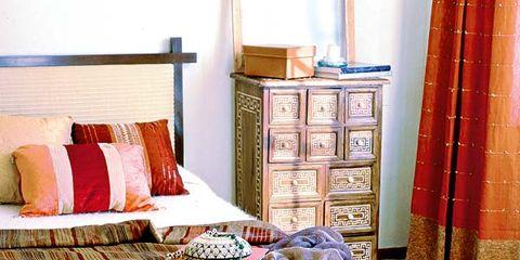 Room, Interior design, Textile, Linens, Bedding, Interior design, Home accessories, Bedroom, Cabinetry, Bed sheet,