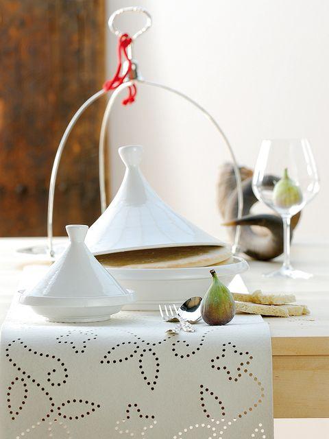 Table, Still life, Tablecloth, Tableware, Still life photography, Furniture, Interior design, Porcelain, Serveware, Ceramic,