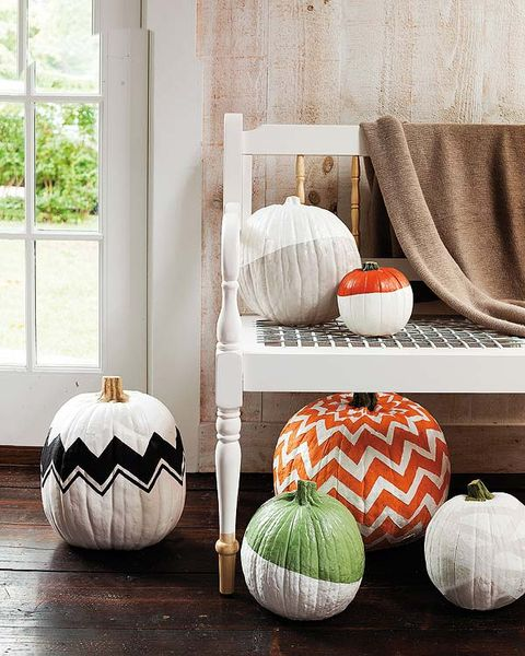 Pumpkin, Furniture, Orange, Couch, Interior design, Calabaza, Room, Table, Living room, Bean bag chair,