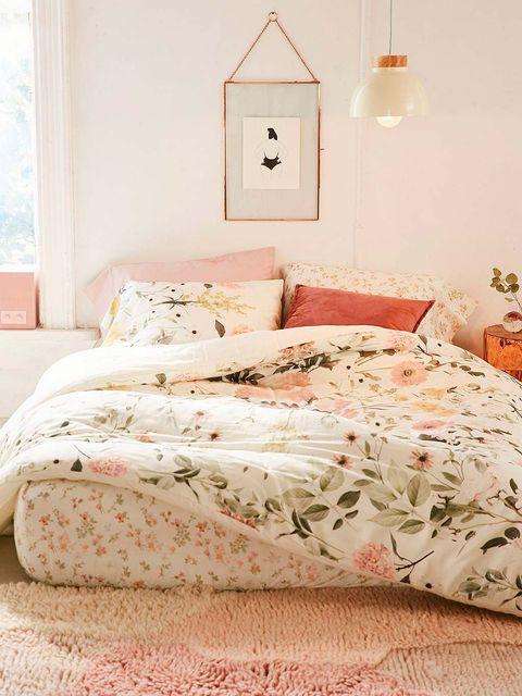 Bedroom, Bed sheet, Bedding, Furniture, Bed, Room, Bed frame, Duvet cover, Pillow, Pink,