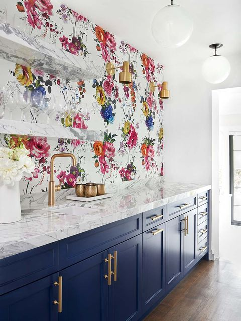 Room, Wall, Property, Countertop, Interior design, Kitchen, Tile, Wallpaper, Furniture, Ceiling,