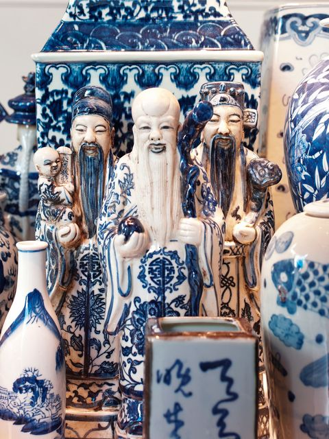 Ceramic, Art, Artifact, Porcelain, Creative arts, Carving, Craft, Collection, Bottle, Souvenir,