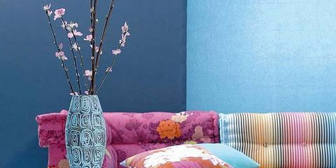 Purple, Violet, Textile, Magenta, Pink, Lavender, Linens, Cushion, Couch, Natural material,