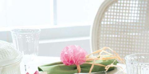 Petal, Party supply, Dishware, Serveware, Cut flowers, Flower Arranging, Centrepiece, Bouquet, Present, Floral design,