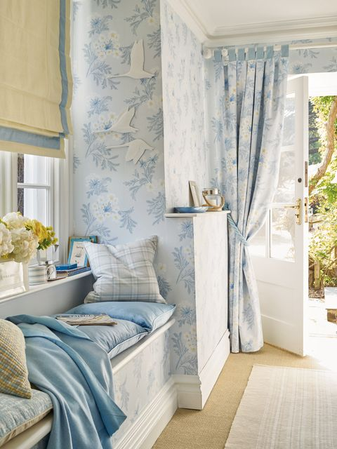 Blue, Room, Interior design, Floor, Textile, Wall, Flooring, Home, Interior design, Linens,
