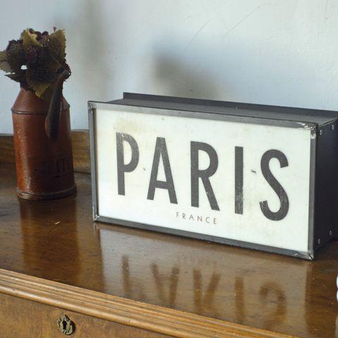 Wood, Flowerpot, Hardwood, Wood stain, Varnish, Number, Nameplate, Rectangle, Paint, Gas,