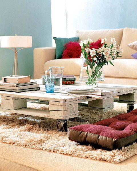 Room, Interior design, Furniture, Pink, Interior design, Petal, Living room, Turquoise, Teal, Home accessories,