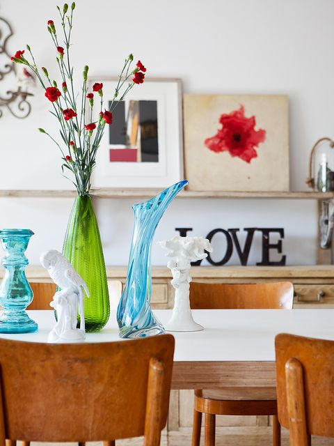 Room, Interior design, Flower, Petal, Furniture, Interior design, Artifact, Vase, Teal, Turquoise,