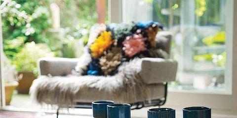 Blue, Textile, Home accessories, Linens, Interior design, Cut flowers, Wool, Bouquet, Flower Arranging, Creative arts,