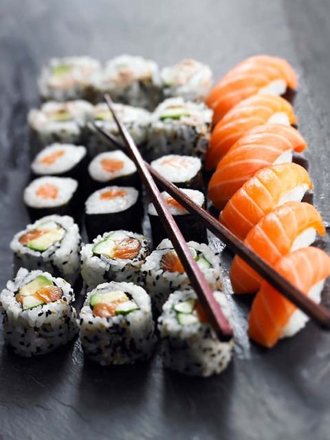 Dish, Gimbap, Cuisine, Sushi, Food, California roll, Comfort food, Ingredient, Nori, Rice ball,