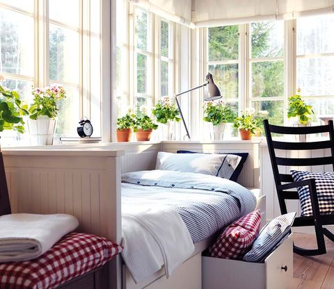 Furniture, Room, Bedroom, Bed, Interior design, Property, Bedding, Bed frame, Curtain, Bed sheet,
