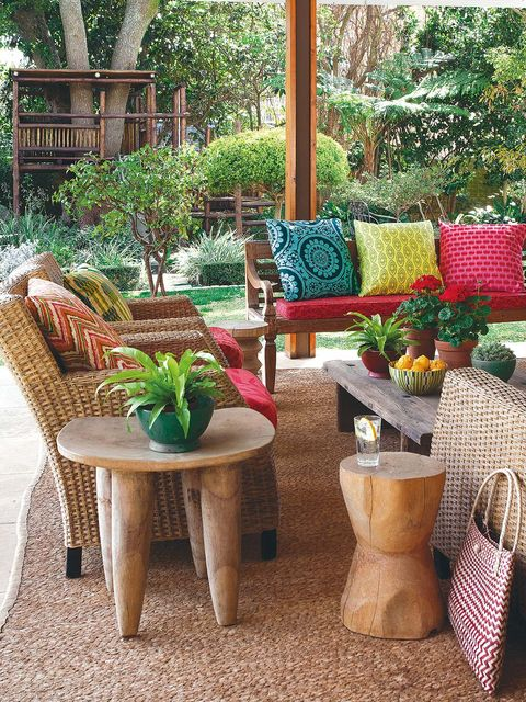 Furniture, Table, Coffee table, Outdoor furniture, Interior design, Bag, Outdoor table, Garden, Luggage and bags, Home,